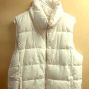 White old Navy Puffer Vest